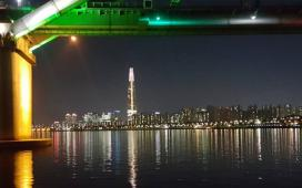 잠실 청담대교에서 바라본 제2롯데타워 123 by 위즈원